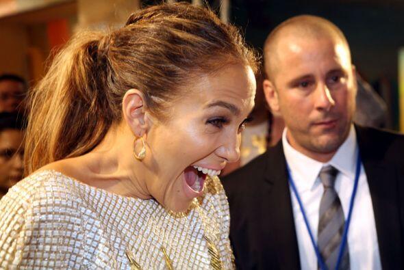 ¡Qué carita JLo! Mira aquí más videos de Premios Juventud.