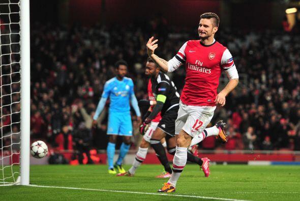El atacante de 25 años ha marcado 25 goles con el Arsenal de Ingl...