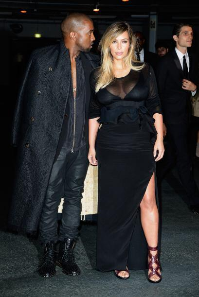 Kanye West y Kim Kardashian poco a poco comienzan a regresar a sus activ...