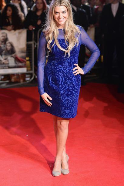 Anna Wiliamson brilló al igual que su hermoso vestido azul con tr...