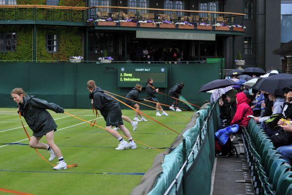 La lluvia ya obligó, en la primera jornada del torneo, a posponer y canc...