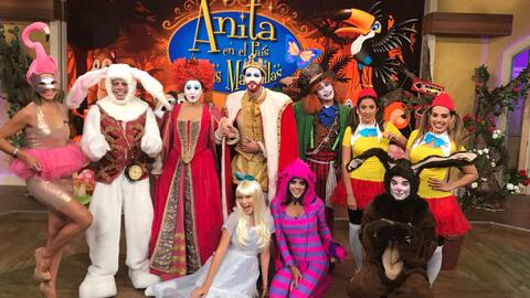 Anita en el país de las maravillas, halloween DA