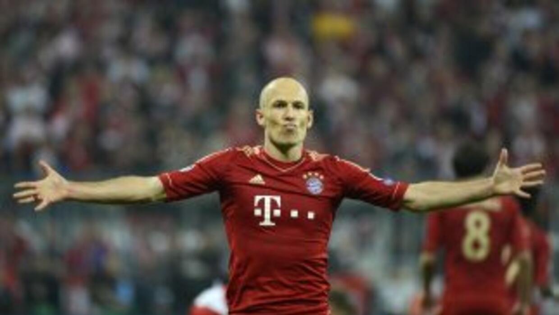 Robben insistió hasta que marcó su gol.