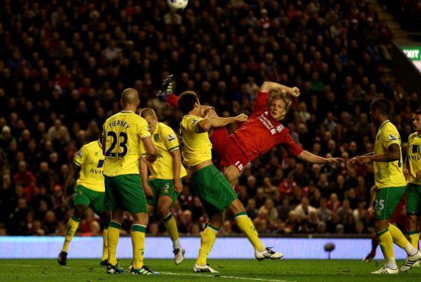 Liverpool desperdició la oportunidad de quedar entre los primeros ya que...
