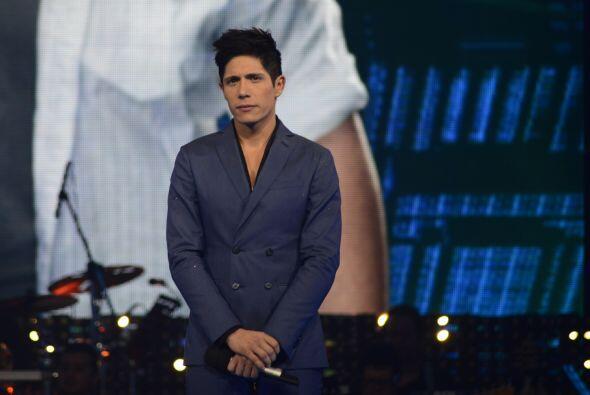 Fernando al inicio de la gala 9, esperando resultados de la votación.