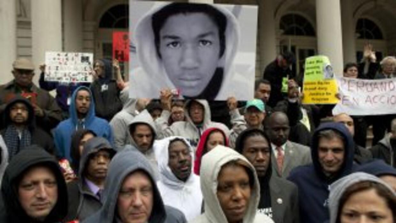 La campaña para reclamar la detención de George Zimmerman, quien disparó...