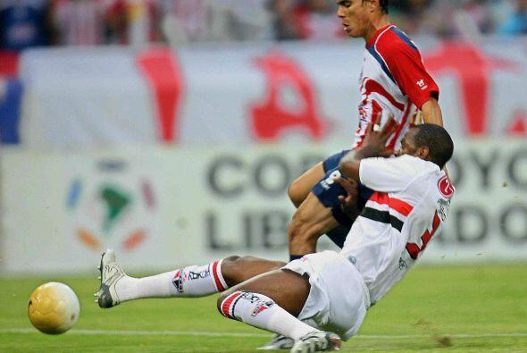 Un años después Chivas se ubicó entre los mejores cuatro equipos de la C...