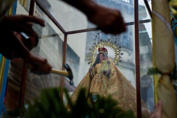 En Santiago de Cuba, el azobispo Dionisio García pidió a la Virgen 'que...