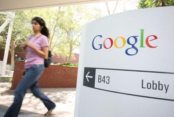 """Google trató con al menos dos sociedades de capital-inversión para que..."