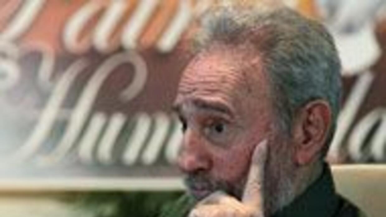 El líder cubano llevó ofrenda a José Martí be30db9367b54656bb51e8da16f6c...
