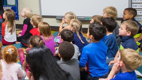 La canciller de educación de Nueva York da varios consejos sobre la educ...