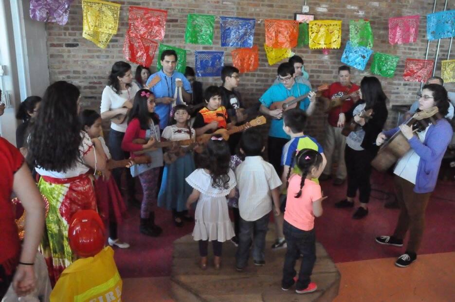 'Son Chiquitos' es un programa comunitario gestado dentro de la esce...