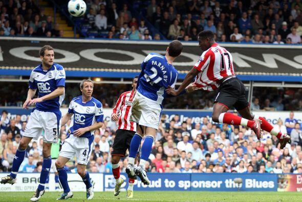 Birmingham enfrentó al Sunderland en un duelo parejo, donde los dos equi...