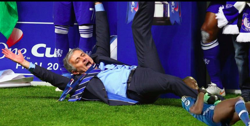 Jose Mourinho, el elegido, también habría sufrido al candado de Drogba.