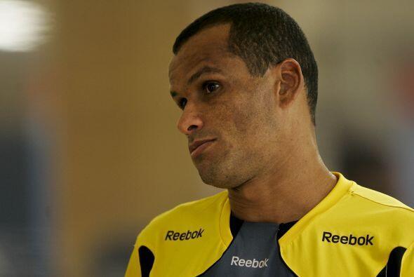 Por último, les comentamos que el brasileño Rivaldo, quien...