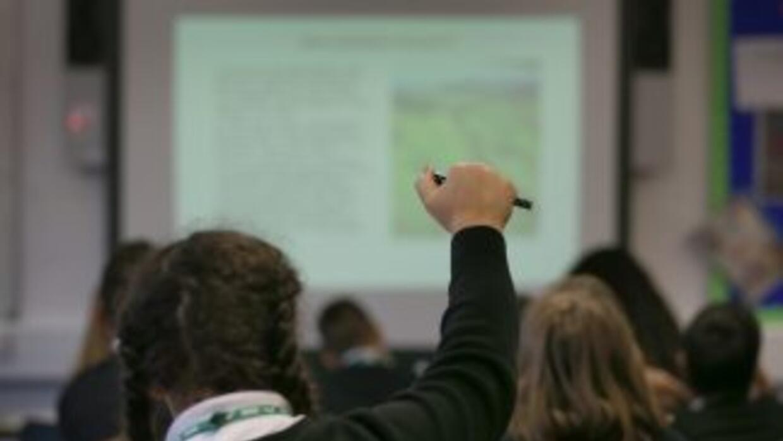 La ley prohibía que en las escuelas públicas se dictasen cursos de estud...