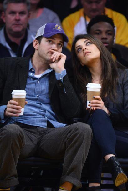 """La pareja estaba muy feliz en el partido cuando comenzó el segmento de """"..."""