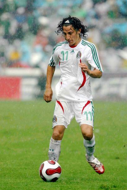 Andrés Guardado también estuvo presente en la cancha del Puebla.