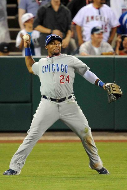 Marlon Byrd de los Cubs contagió con su entusiasmo. Corrió desde primera...