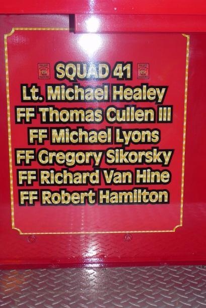 Carro bombero recuerda a sus caídos el 9/11 b1daa1d564824e7bbb76dc1321d6...