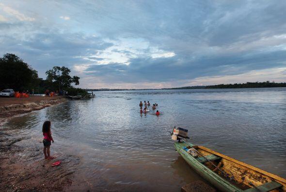 Los indígenas afirman que se opondrán a la presa por todos los medios y...