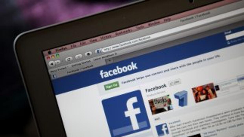 Acosó, humilló y hasta publicó fotos de su ex en Facebook, ahora tendrá...