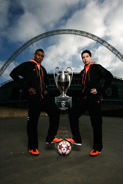 Dos futbolistas que aún pelean por el título de la Champions, Salomon Ka...