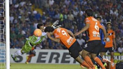 Esqueda anota para Pachuca en los minutos finales del partido contra Qu...