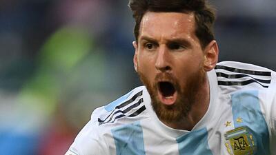 En fotos: Argentina pasó a octavos de final tras vencer 2-1 a Nigeria en juego sufrido