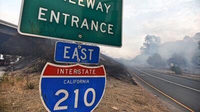Entrada al este de la autopista 210 donde ocurrió el accidente po...