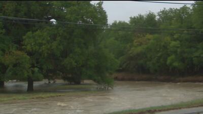Residentes en el centro de Texas fueron evacuados debido a las lluvias