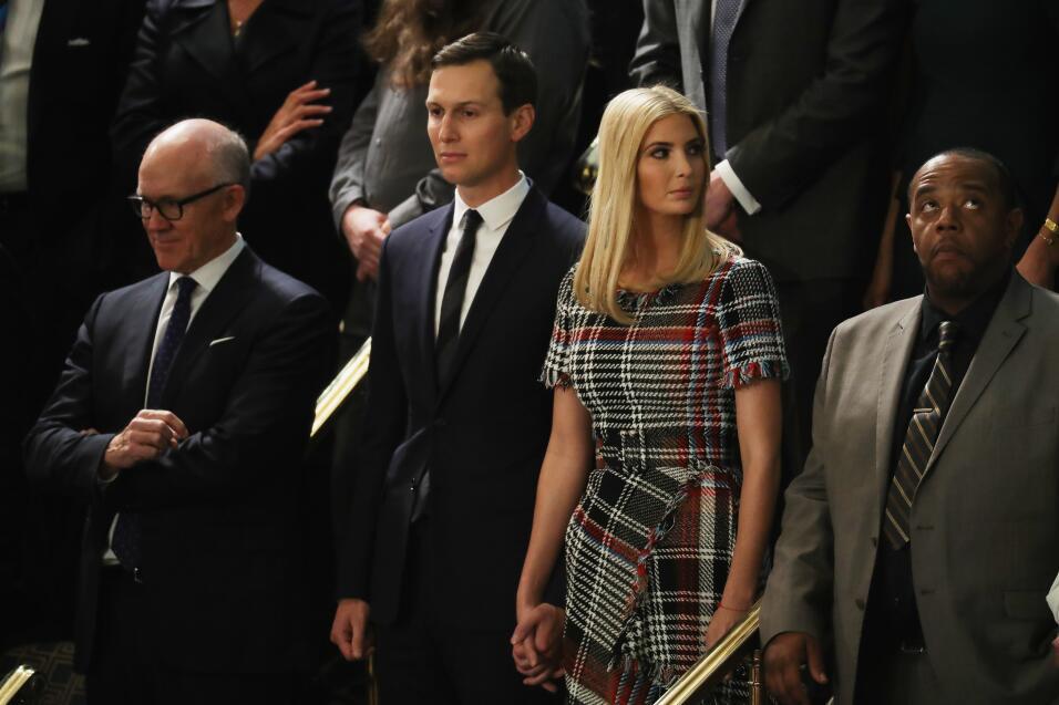 Ivanka Trump y su esposo Jared Kusner en los puestos que ocuparán...