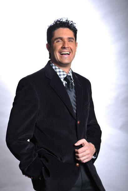 Sobre el ser el único actor entre periodistas, Rodolfo nos dijo que no p...