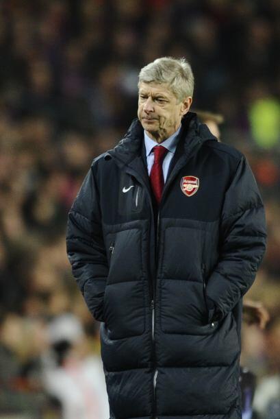Wenger no podía creer la derrota de sus dirigidos.