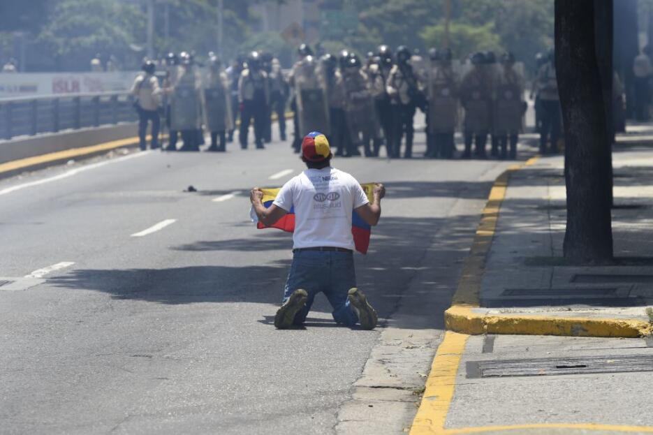 Venezuela arde entre protestas GettyImages-666218324.jpg