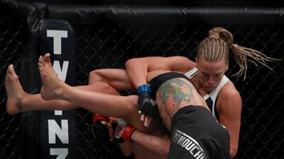 Fuerza, agresividad y flexibidad de las mujeres en la UFC