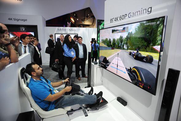 Las pantallas gigantes son excelentes para videojuegos.