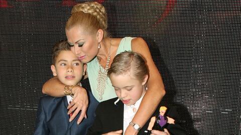 Leticia Calderón sigue soltera y disfrutando ver crecer a sus hijos