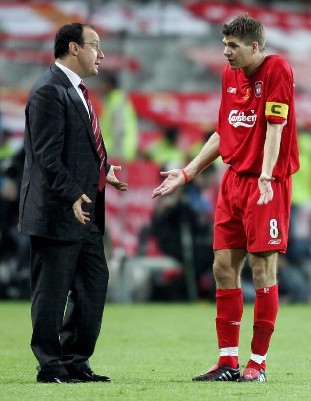 Steven Gerrard: 19 datos en 19 años de carrera ejemplar Voz tecnicos.jpg