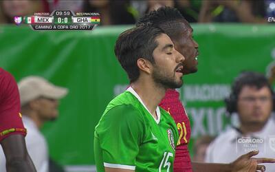 Tremenda jugada de Ángel Sepúlveda y Rodolfo Pizarro perdonó el 1-0