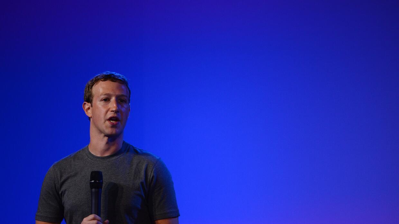 El director de Facebook está cada vez más cerca de la política.
