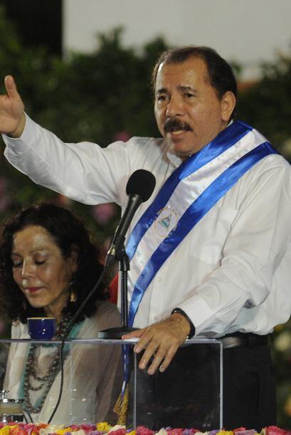 10 de enero. Daniel Ortega asumió la presidencia de Nicaragua por tercer...