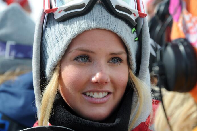 En fotos: Silje Norendal, la reina del snowboarding GettyImages-16428019...