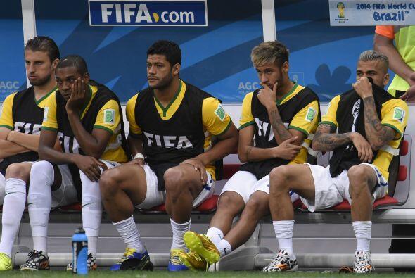 Dunga, advirtió que la Selección de Brasil que él dirige vivirá un 2015...