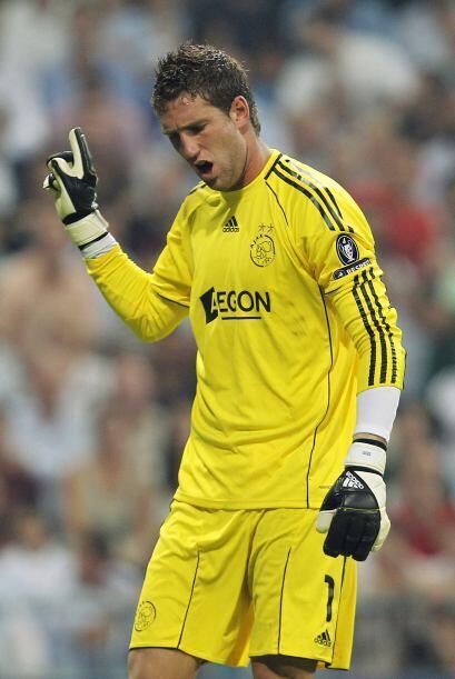 Ajax se despidió desilusionado y los madridistas cumplieron en su debut...