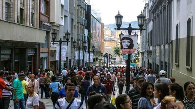 El centro de Caracas y una de sus pocas calles exclusivas para peatones.