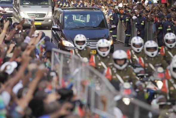 El cuerpo del líder antiapartheid Nelson Mandela, fallecido el pasado ju...