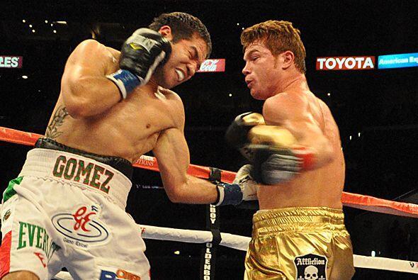 Gómez vivió buenos momentos y Saúl Alvarez contragolpeó con relativa pot...