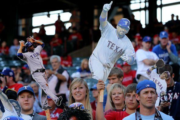 Los Rangers regresaron a Texas  para obtener su primera victoria en una...