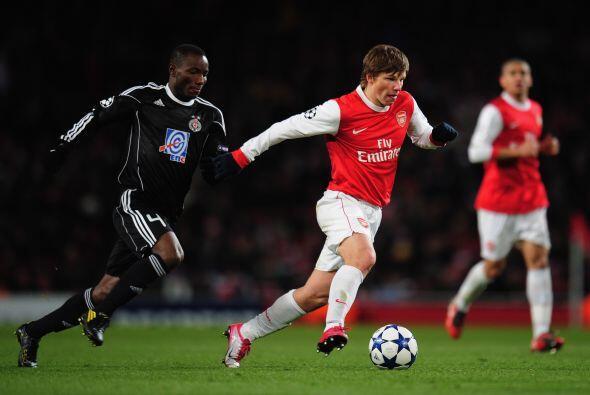 Arsenal recibió en su cancha al Partizán con la inc&oacute...